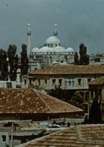 Cesty vedou do Homsu
